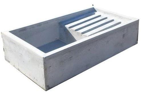 Lavatoio a canale pilozzo pila fontanella vasca in cemento